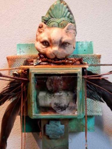 Santo Gato by Lyn Belisle